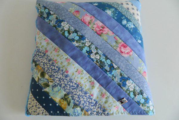 Manta almofada azul