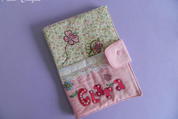 Porta cartão de vacina - Clara