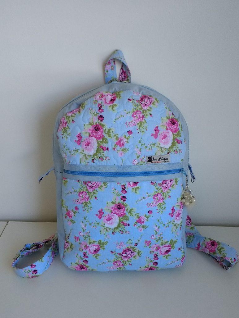 Mochila azul florida